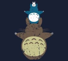 Totoro Totem by dbizal