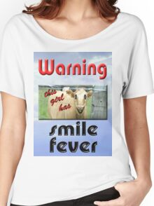 SMILE FEVER Women's Relaxed Fit T-Shirt