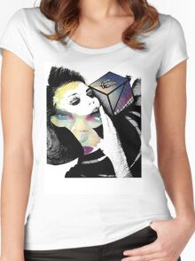 Cubic Model Women's Fitted Scoop T-Shirt