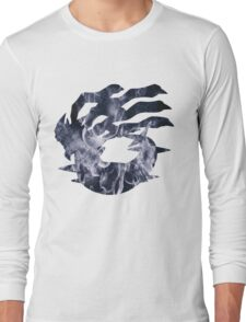 Giratina used shadow force Long Sleeve T-Shirt
