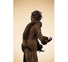 Kiss Manyi statue Photographic Print