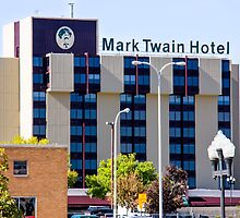 Mark Twain Hotel - Peoria Illinois by Bernie Hunt