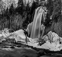 Spearfish Falls in Winter by wanblake