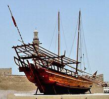 Arab dhow.............Dubai ! by Roy  Massicks