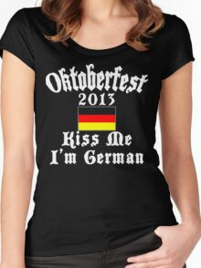 Oktoberfest 2013 Kiss Me I'm German Women's Fitted Scoop T-Shirt