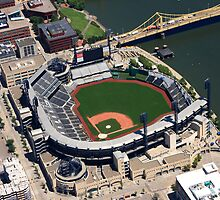 PNC Park: Pittsburgh, PA by shutterrudder