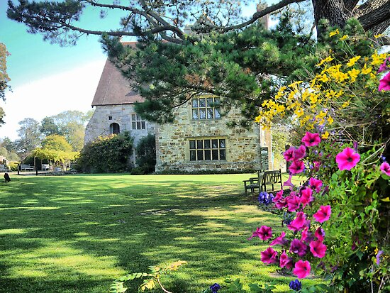 Michelham Priory,,, Flowers by Larry Lingard/Davis