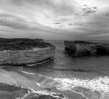 Great Ocean Road Rocks by andre joceline