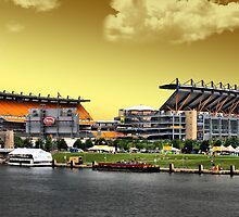 Heinz Field is Golden by shutterrudder
