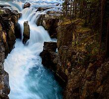 Sunwapta Falls in Jasper National Park by pictureguy