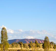 Uluru  by Gordge-us