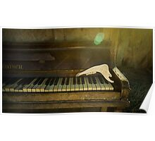 Old Pianos Never Die Poster