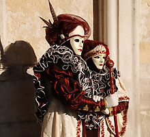 Couple in Red and Cream at Venice Carnival by jojobob