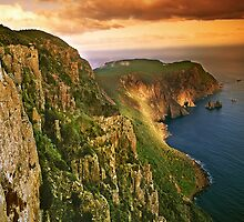 Cape Raoul at sunset by Kevin McGennan