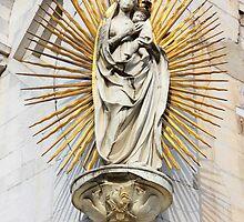 Statue of Madonna salutis portus  by kirilart