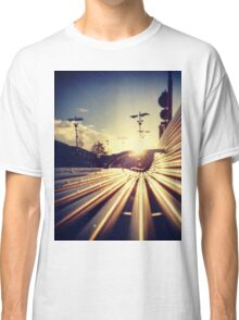 Good Morning Sunderland - Sunrise through a Bench Classic T-Shirt
