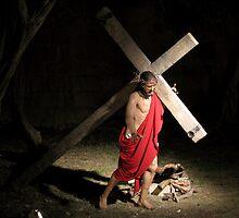 Jesus Carrying Tthe Cross by fajjenzu