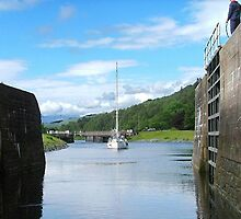 Entering Gairlochy Lock...............Scotland ! by Roy  Massicks