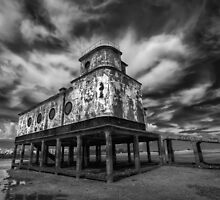 Lifeboat Station BW by manateevoyager