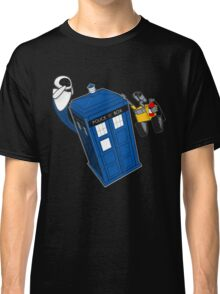 Tardis Space Dance - Wall-e & Eve Classic T-Shirt