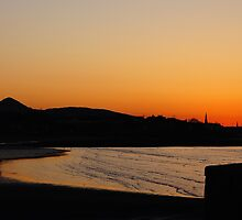 Wonderful Evening by Nik Watt