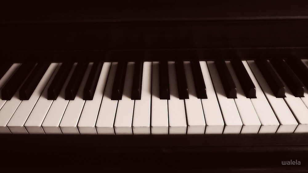 Play My Song© by walela