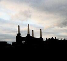 Battersea Power Station, London by lanesloo