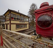 Signal box at the level crossing by fotopro