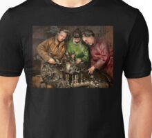 Car Mechanic - In a mothers care 1900 Unisex T-Shirt