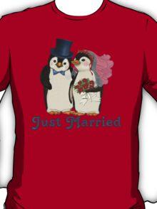 Penguin Wedding - Just Married T-Shirt