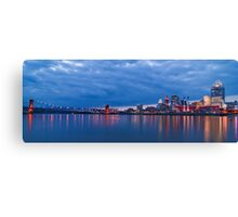 CINCINNATI SKYLINE TWO FEET OFF WATER Canvas Print