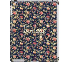 Vintage Elegant Pink and Red Roses Floral Pattern iPad Case/Skin
