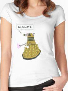 EXFOLIATE Dalek Women's Fitted Scoop T-Shirt