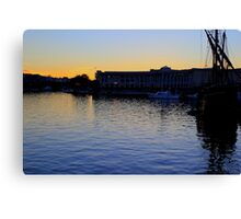 SiIent Harbor about to sleep Canvas Print