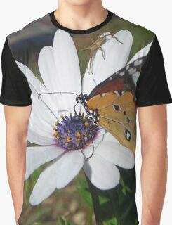 White Daisy and Butterfly Graphic T-Shirt
