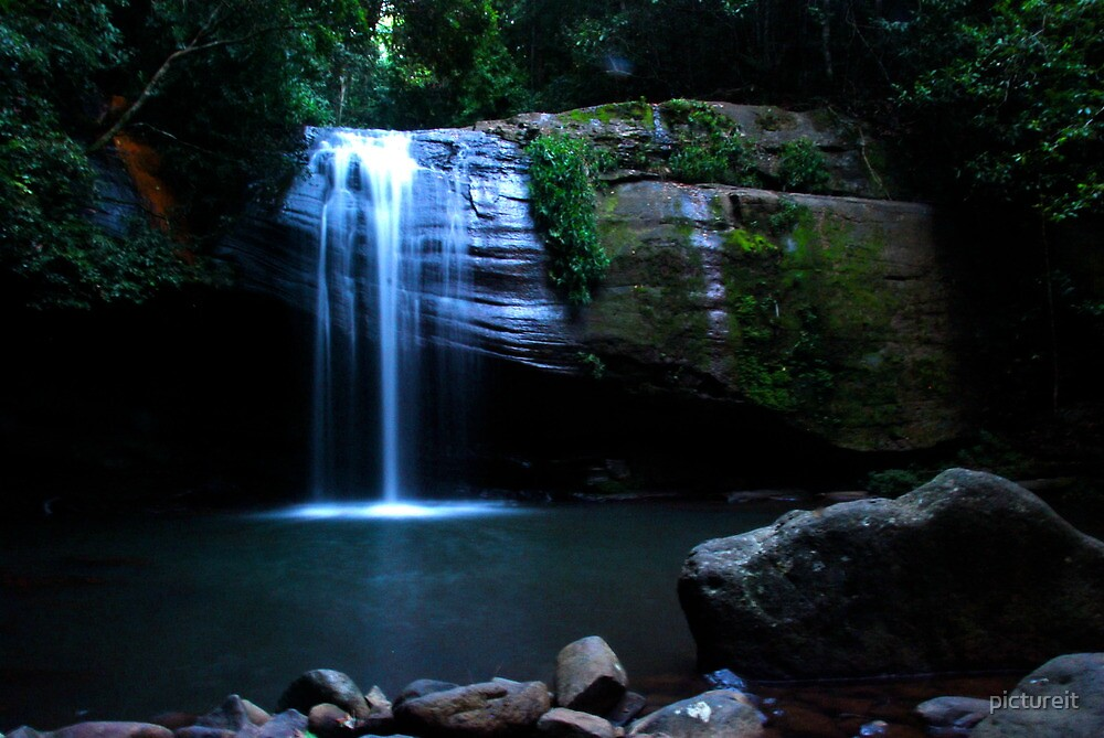 Serenity Falls by pictureit