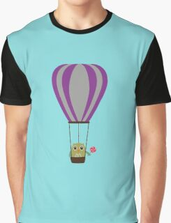 Owl in hot-air balloon with a lollipop Graphic T-Shirt