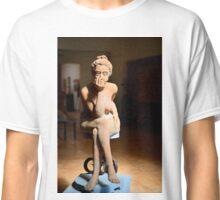 Sculpture by Piero Sbarluzzi, Pienza, Tuscany Classic T-Shirt