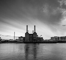 Battersea Power Station in B&W by Mattia  Bicchi Photography