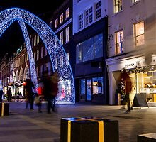 Christmas decoration of Bond Street in London by Mattia  Bicchi Photography