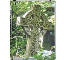 Highgate Cemetery Celtic Cross iPad Case/Skin