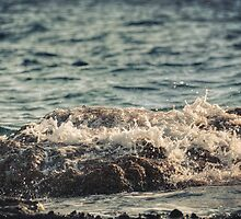 Waves in Time III by Taylan Soyturk