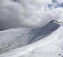 Brecon in the snow by Damien Rosser Photography