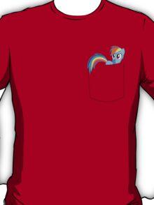 Rainbowdash in a pocket T-Shirt