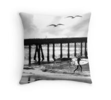THE BEAUTIFUL PACIFIC OCEAN Throw Pillow