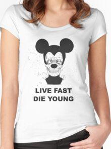 Live fast and die young Women's Fitted Scoop T-Shirt