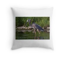 Great Blue Heron catches fish Throw Pillow