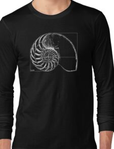Fibonacci on a nautilus shell Long Sleeve T-Shirt
