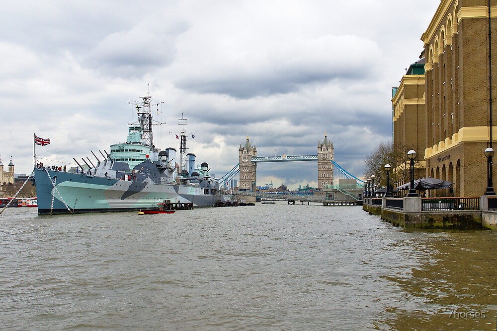 Tower bridge and hms Belfast, Thames in London by 7horses