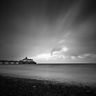Eastbourne pier  by willgudgeon